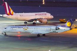 singapore346さんが、シュトゥットガルト空港で撮影したルフトハンザ・シティライン CL-600-2D24 Regional Jet CRJ-900LRの航空フォト(飛行機 写真・画像)
