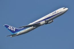 JJ✈さんが、羽田空港で撮影した全日空 767-381/ERの航空フォト(飛行機 写真・画像)