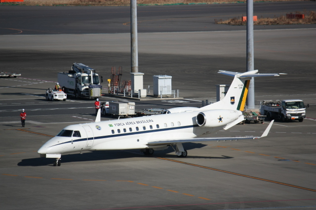 西麻布と焼売弁当さんが、羽田空港で撮影したブラジル空軍 VC-99B (ERJ-135BJ)の航空フォト(飛行機 写真・画像)