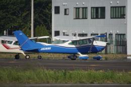 神宮寺ももさんが、調布飛行場で撮影した日本個人所有 182R Skylane IIの航空フォト(飛行機 写真・画像)
