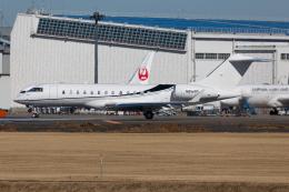 (新)ふぁんとむ改さんが、成田国際空港で撮影したウィルミントン・トラスト・カンパニー BD-700-1A10 Global Expressの航空フォト(飛行機 写真・画像)