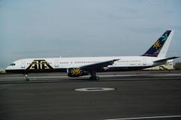 ゴンタさんが、フェニックス・スカイハーバー国際空港で撮影したATA航空 757-23Nの航空フォト(飛行機 写真・画像)