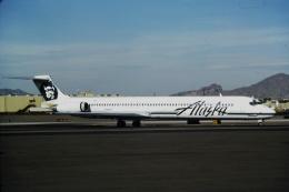 ゴンタさんが、フェニックス・スカイハーバー国際空港で撮影したアラスカ航空 MD-83 (DC-9-83)の航空フォト(飛行機 写真・画像)