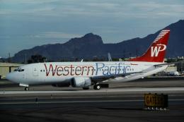 ゴンタさんが、フェニックス・スカイハーバー国際空港で撮影したウェスタン・パシフィック航空 737-3L9の航空フォト(飛行機 写真・画像)