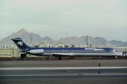 ゴンタさんが、フェニックス・スカイハーバー国際空港で撮影したミットウェスト・エアラインズ MD-88の航空フォト(飛行機 写真・画像)