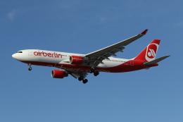 takoyanさんが、ロサンゼルス国際空港で撮影したエア・ベルリン A330-223の航空フォト(飛行機 写真・画像)