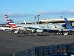 mich_stoneさんが、成田国際空港で撮影したアメリカン航空 777-223/ERの航空フォト(飛行機 写真・画像)