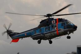 banshee02さんが、東京ヘリポートで撮影した警視庁 AS332L1 Super Pumaの航空フォト(飛行機 写真・画像)