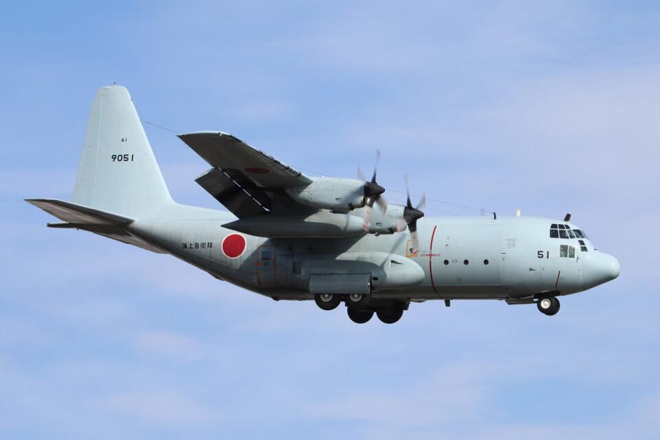 だびでさんの海上自衛隊 Lockheed C-130 Hercules (9051) 航空フォト