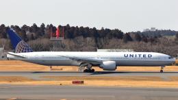 誘喜さんが、成田国際空港で撮影したユナイテッド航空 777-322/ERの航空フォト(飛行機 写真・画像)