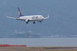 HEATHROWさんが、長崎空港で撮影したスカイマーク 737-8ALの航空フォト(飛行機 写真・画像)