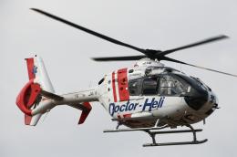 チャーリーマイクさんが、東京ヘリポートで撮影した中日本航空 EC135P2の航空フォト(飛行機 写真・画像)
