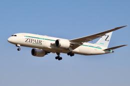 やまモンさんが、成田国際空港で撮影したZIPAIR 787-8 Dreamlinerの航空フォト(飛行機 写真・画像)