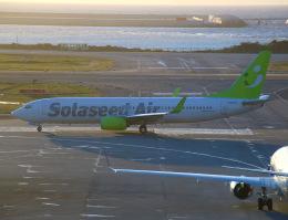 えのびよーんさんが、那覇空港で撮影したソラシド エア 737-86Nの航空フォト(飛行機 写真・画像)