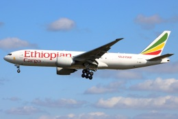 たみぃさんが、成田国際空港で撮影したエチオピア航空 777-F60の航空フォト(飛行機 写真・画像)