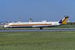 Gambardierさんが、伊丹空港で撮影した日本エアシステム MD-81 (DC-9-81)の航空フォト(飛行機 写真・画像)