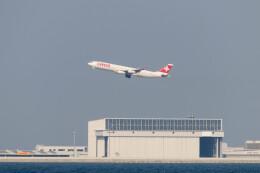 Koenig117さんが、関西国際空港で撮影したスイスインターナショナルエアラインズ A340-313Xの航空フォト(飛行機 写真・画像)