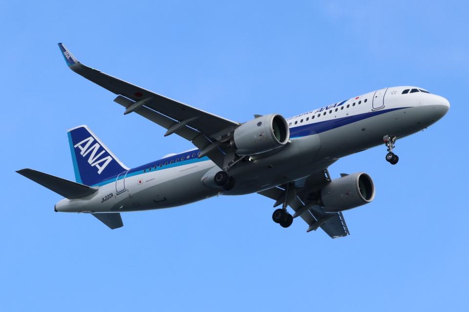 imosaさんの全日空 Airbus A320neo (JA220A) 航空フォト