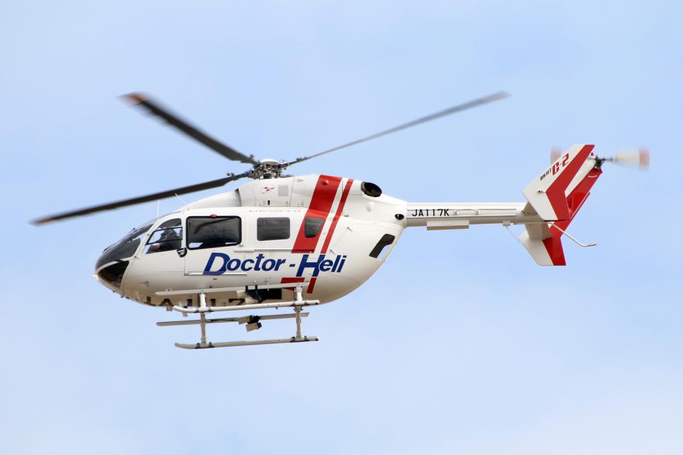 なごやんさんのセントラルヘリコプターサービス Kawasaki BK117 (JA117K) 航空フォト