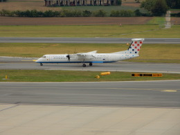 kiyo hさんが、ウィーン国際空港で撮影したクロアチア航空 DHC-8-402Q Dash 8の航空フォト(飛行機 写真・画像)