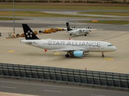 kiyo hさんが、ウィーン国際空港で撮影したオーストリア航空 A320-214の航空フォト(飛行機 写真・画像)