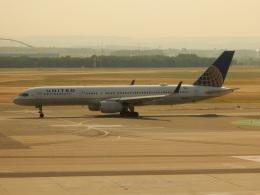 kiyo hさんが、マドリード・バラハス国際空港で撮影したユナイテッド航空 757-224の航空フォト(飛行機 写真・画像)