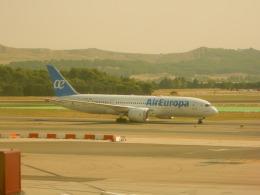 kiyo hさんが、マドリード・バラハス国際空港で撮影したエア・ヨーロッパ 787-8 Dreamlinerの航空フォト(飛行機 写真・画像)