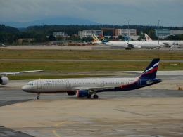 kiyo hさんが、フランクフルト国際空港で撮影したアエロフロート・ロシア航空 A321-211の航空フォト(飛行機 写真・画像)