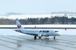 にしやんさんが、女満別空港で撮影したジェイエア ERJ-170-100 (ERJ-170STD)の航空フォト(飛行機 写真・画像)