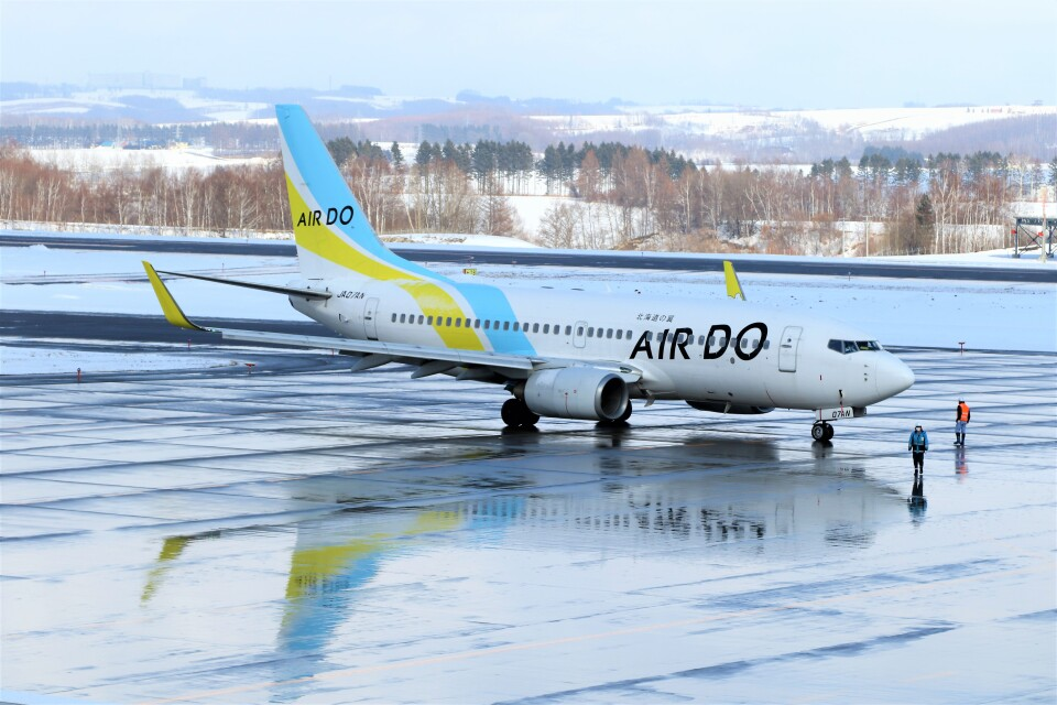 にしやんさんのAIR DO Boeing 737-700 (JA07AN) 航空フォト