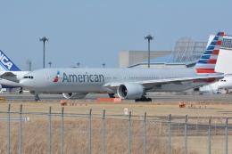 アルビレオさんが、成田国際空港で撮影したアメリカン航空 777-323/ERの航空フォト(飛行機 写真・画像)