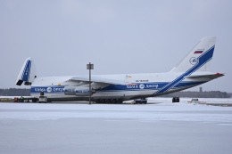 YouKeyさんが、新千歳空港で撮影したヴォルガ・ドニエプル航空 An-124-100 Ruslanの航空フォト(飛行機 写真・画像)