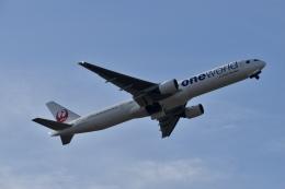 東亜国内航空さんが、伊丹空港で撮影した日本航空 777-346の航空フォト(飛行機 写真・画像)