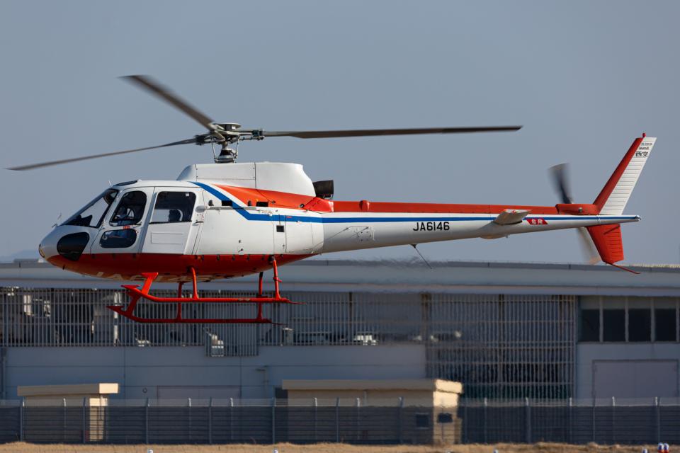 (新)ふぁんとむ改さんの西日本空輸 Aerospatiale AS350 Ecureuil/AStar (JA6146) 航空フォト