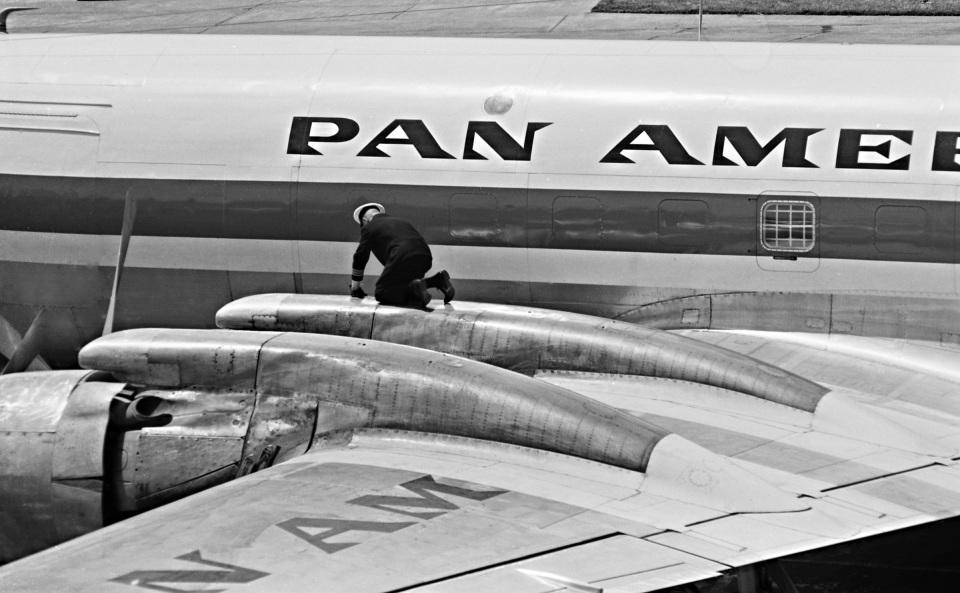 Y.Todaさんのパンアメリカン航空 Douglas DC-7 (N735PA) 航空フォト
