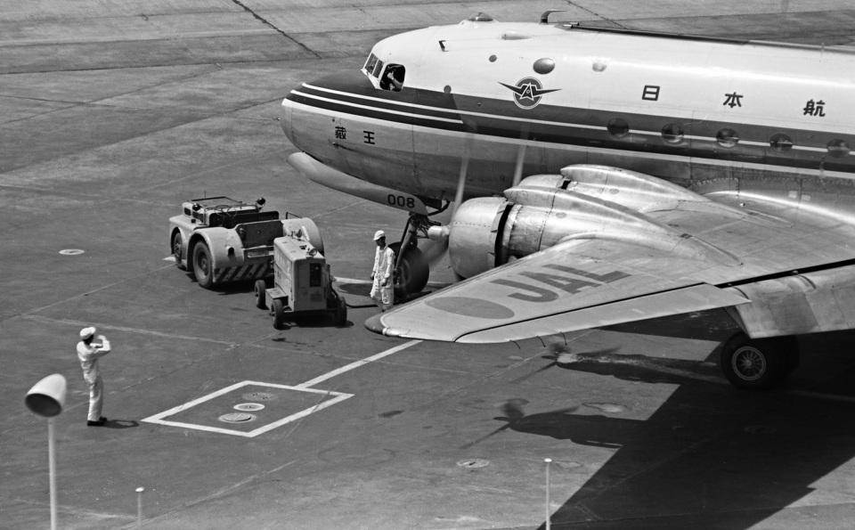 Y.Todaさんの日本航空 Douglas DC-4 (JA6008) 航空フォト