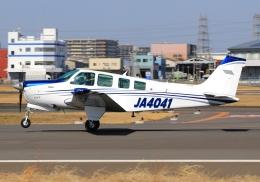 LOTUSさんが、八尾空港で撮影した日本個人所有 A36 Bonanza 36の航空フォト(飛行機 写真・画像)