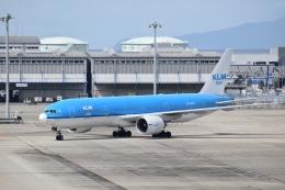 hachiさんが、関西国際空港で撮影したKLMオランダ航空 777-206/ERの航空フォト(飛行機 写真・画像)