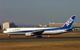 にしやんさんが、新千歳空港で撮影した全日空 767-381の航空フォト(飛行機 写真・画像)
