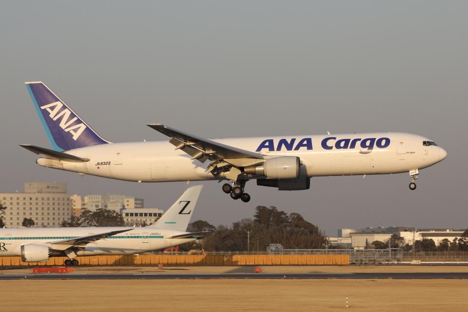 sky-spotterさんの全日空 Boeing 767-300 (JA8323) 航空フォト