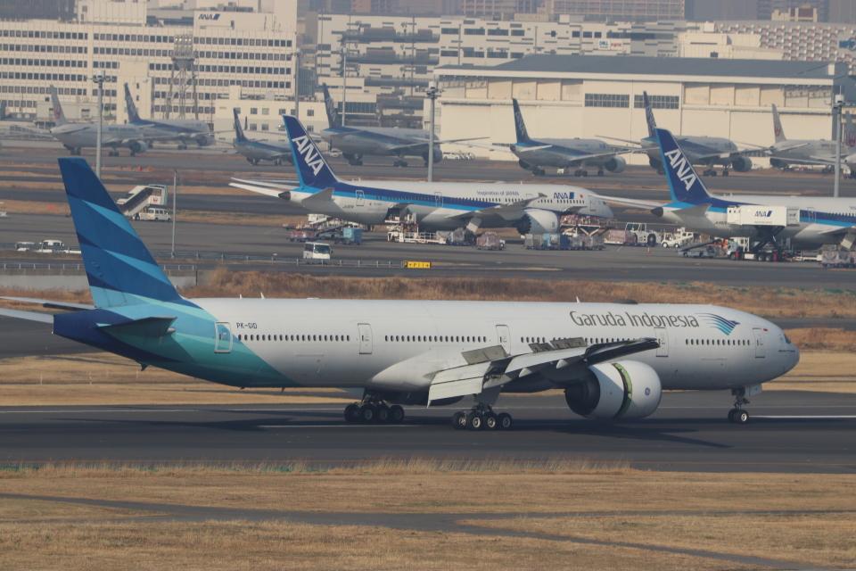 imosaさんのガルーダ・インドネシア航空 Boeing 777-300 (PK-GID) 航空フォト