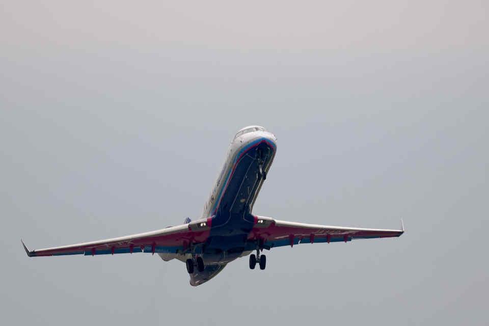 平凡なおっちゃんさんのアイベックスエアラインズ Bombardier CRJ-700 (JA14RJ) 航空フォト