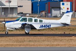 A.Tさんが、八尾空港で撮影したスカイグローバルネット A36 Bonanza 36の航空フォト(飛行機 写真・画像)