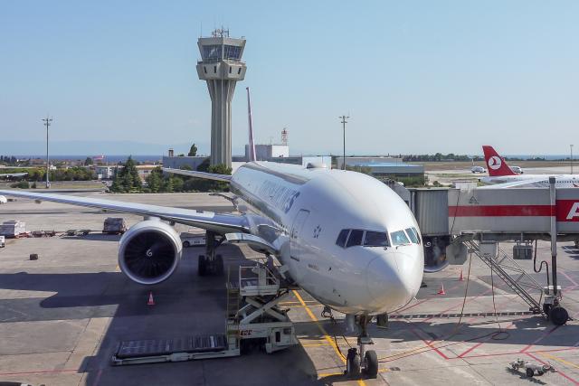 Y-Kenzoさんが、アタテュルク国際空港で撮影したターキッシュ・エアラインズ 777-3F2/ERの航空フォト(飛行機 写真・画像)