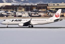 jun☆さんが、山形空港で撮影したジェイエア ERJ-190-100(ERJ-190STD)の航空フォト(飛行機 写真・画像)