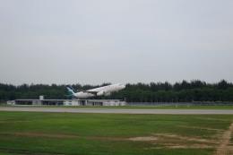 Hiro-hiroさんが、シンガポール・チャンギ国際空港で撮影したシルクエア A320の航空フォト(飛行機 写真・画像)