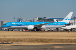 Tomo-Papaさんが、成田国際空港で撮影したKLMオランダ航空 787-9の航空フォト(飛行機 写真・画像)
