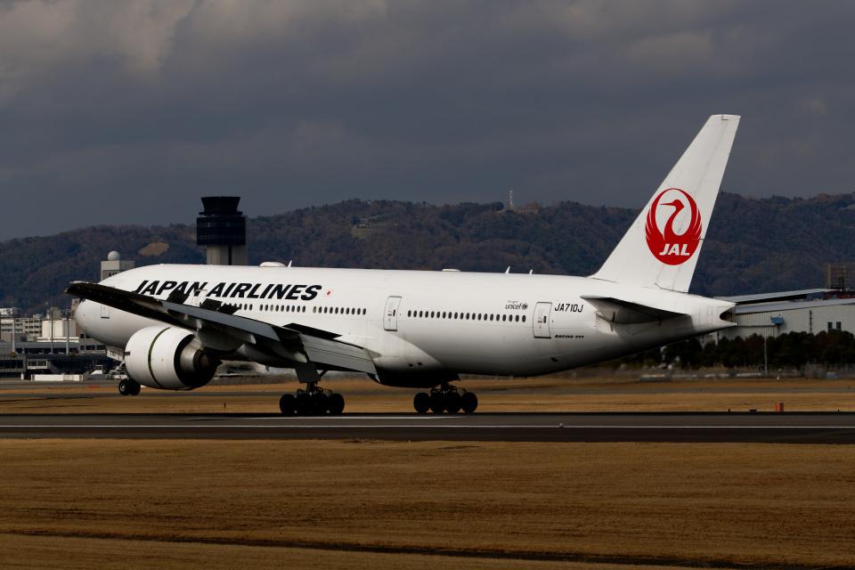 simokさんの日本航空 Boeing 777-200 (JA710J) 航空フォト