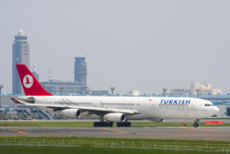 inyoさんが、成田国際空港で撮影したターキッシュ・エアラインズ A340-313Xの航空フォト(飛行機 写真・画像)
