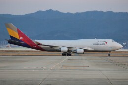 PW4090さんが、関西国際空港で撮影したアシアナ航空 747-48EM(BDSF)の航空フォト(飛行機 写真・画像)